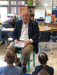 New Jersey State Senator Joseph Pennacchio (R – NJ 26th), participated in Woodmont Elementary School's annual READ ACROSS AMERICA celebration on Monday, March 2, 2020.  He read to 50 third grade students.